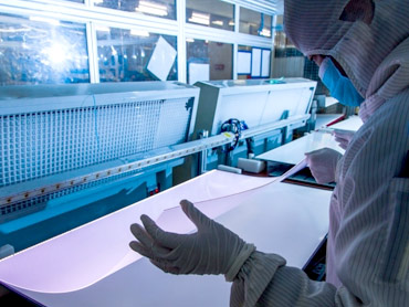 工厂探秘:小米4.9mm电视是怎样炼成的