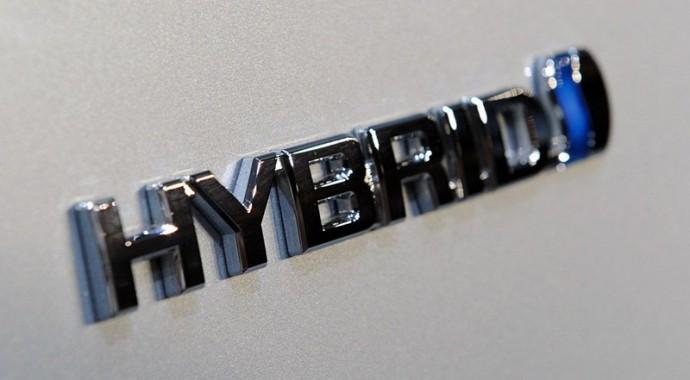 丰田汽车计划扩大混动技术研发人员